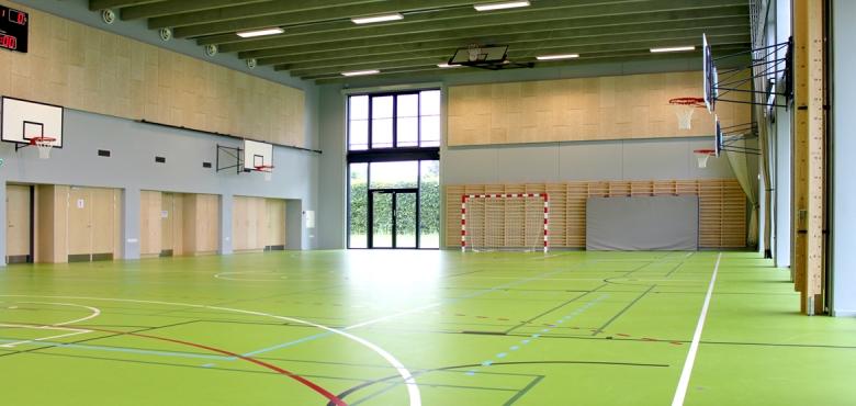 På lykkebo skole i 2007 nedbrændte idrætshallen på lykkebo skole